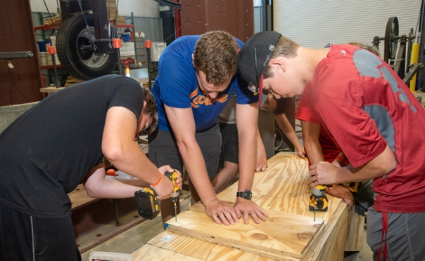 Engineering camp challenges high school students
